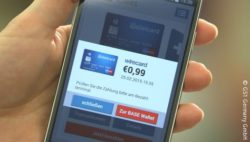 Bild: Mobile Payment an der Kasse; copyright: GS1 Germany GmbH