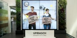 Foto: mobile Videowand; copyright: Umdasch Shopfitting