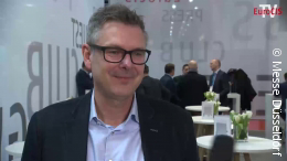Foto: Stefan Ziegler im Interview; copyright: Messe Düsseldorf