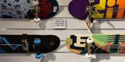 Bild: Skateboards mit ESL; copyright: delfi