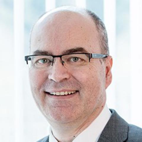 Dr. René Schiller